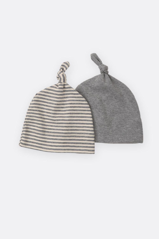 Mütze mit Knoten