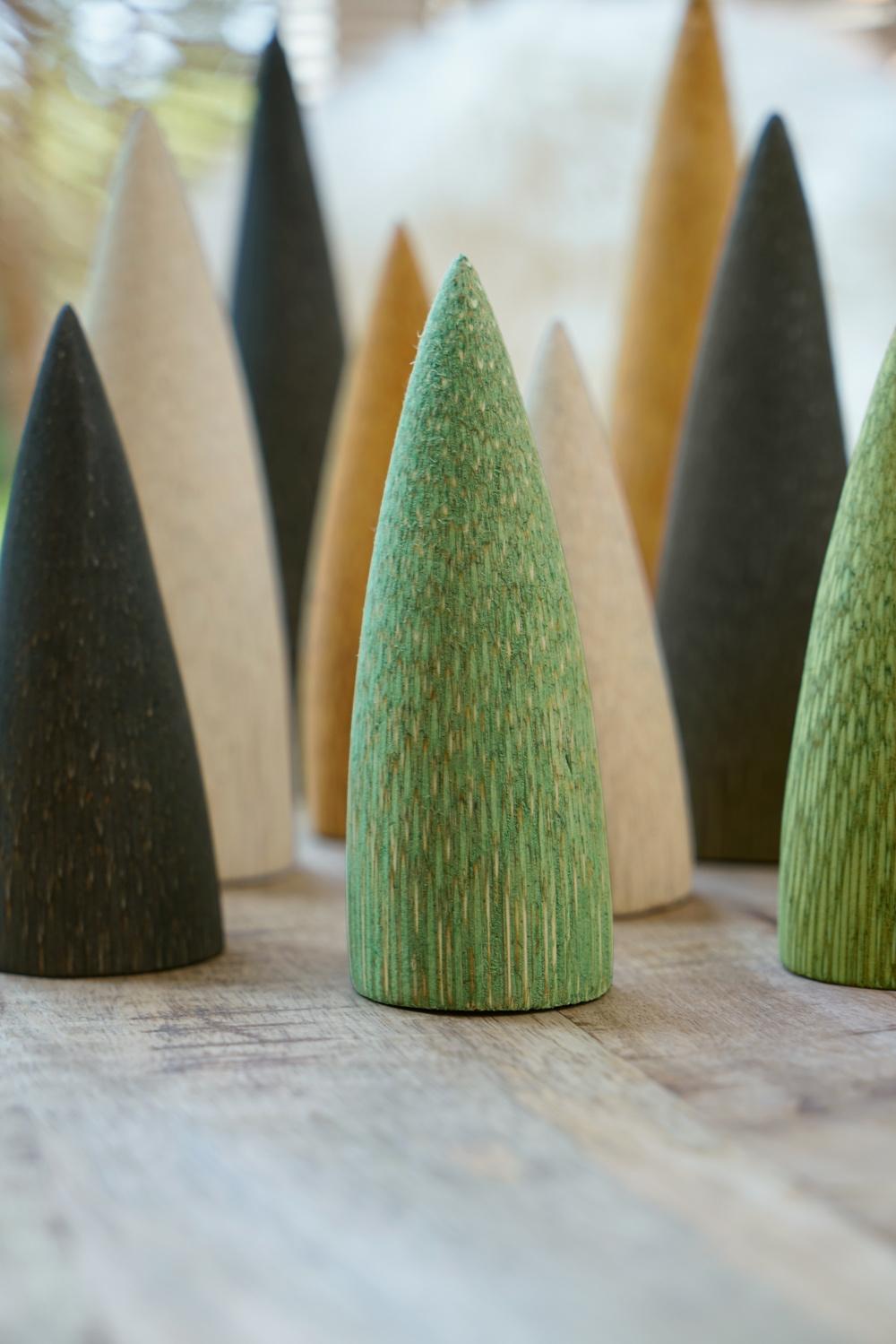 Baum aus Palmenholz